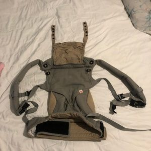 4 Position ErgoBaby Carrier